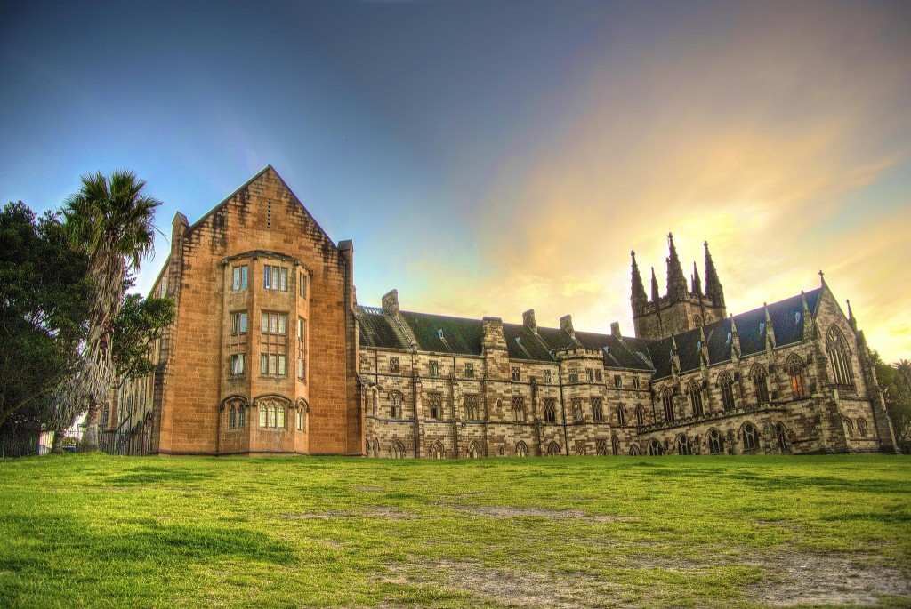 72084341-st-johns-college-at-the-university-of-sydney-1024x685